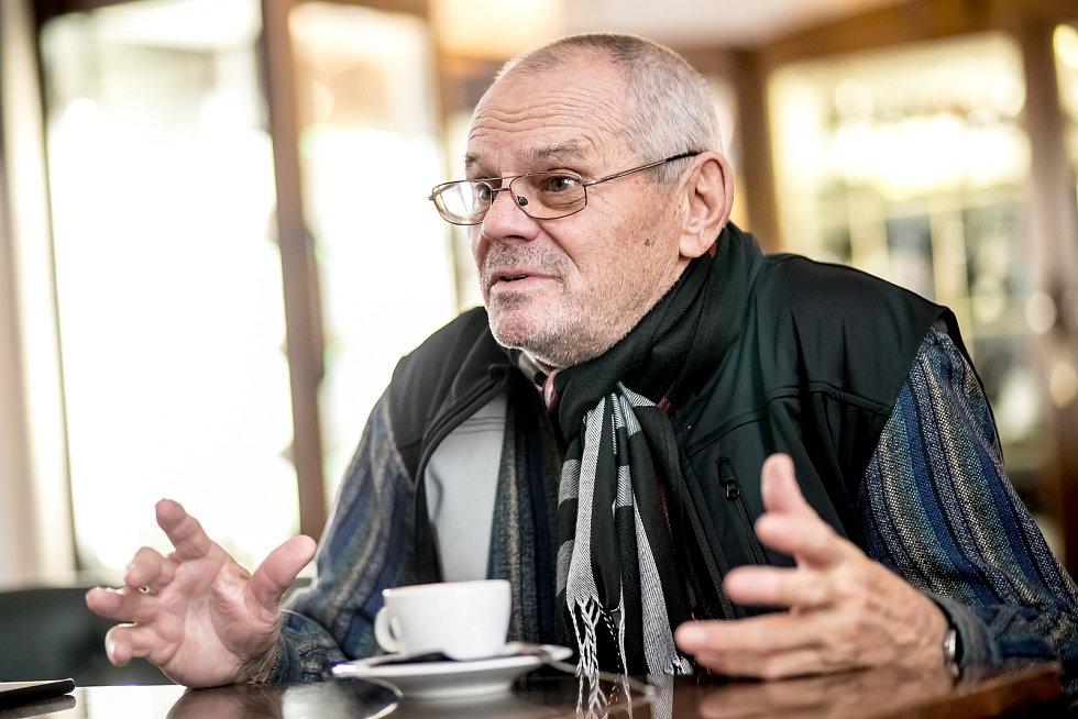 Milan Kňažko.