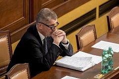 Mimořádná schůze Poslanecké sněmovny k údajnému zneužívání médií proběhla 10. května v Praze. Babiš