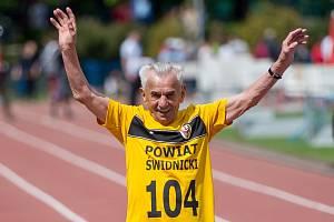 Polský atlet Stanislav Kowalski.