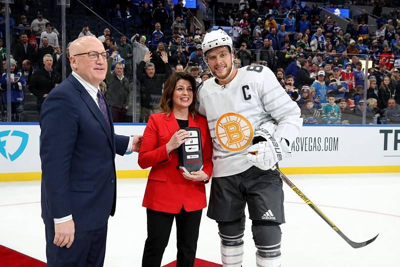 David Pastrňák byl vyhlášen nejužitečnějším hráčem Utkání hvězd NHL.