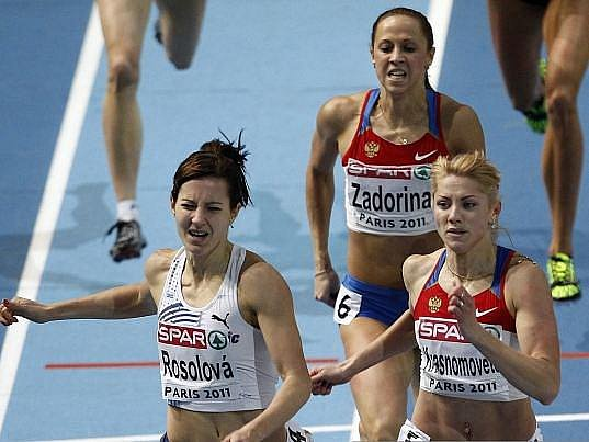 Denisa Rosolová se překvapivě stala halovou mistryní Evropy v běhu na 400 metrů.