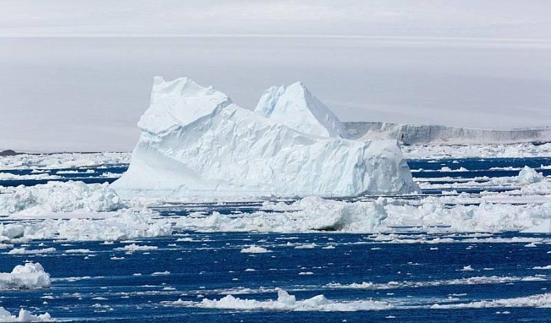 Vědci předpokládají, že jejs největší pravděpodobností způsobuje zesilující se skleníkový efekt v atmosféře