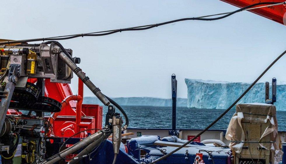 Jeho přítomnost prokázala vědecká expedice, která zamířila k antarktickým břehům