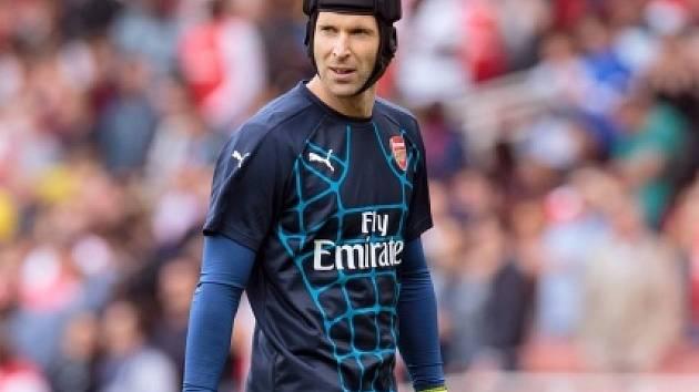 Petr Čech v dresu Arsenalu