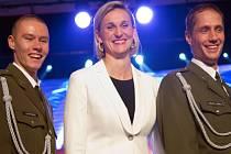 Barbora Špotáková se stala posedmé v kariéře Atletem roku. Druhé místo obsadil Vítězslav Veselý (vpravo), třetí skončil Pavel Maslák.