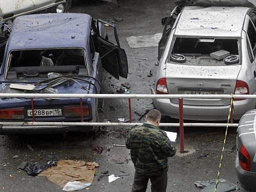 Nejméně 17mrtvých a přes stovku zraněných má na svědomí sebevražedný atentátník ve Vladikavkazu.