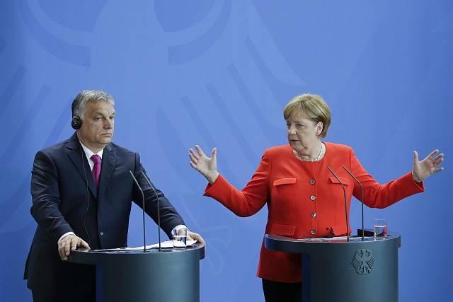 Viktor Orbán a Angela Merkelová