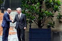 Končící belgický premiér Charles Michel a belgický král Phillipe