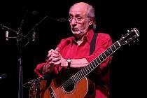 Peter Yarrow, člen nejslavnější folkové skupiny šedesátých let Peter, Paul & Mary.