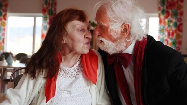 Jindřich Štreit a jeho žena Agnes oslavili zlatou svatbu.