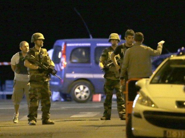 Útok v Nice si vyžádal desítky mrtvých