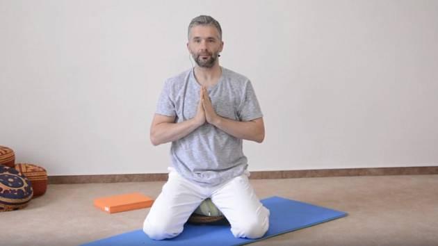 Proti bolesti pomůže jóga