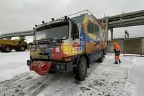 Vůz Expedice Tatra kolem světa 2 v přístavu v Petrohradě, 16. prosince 2020.