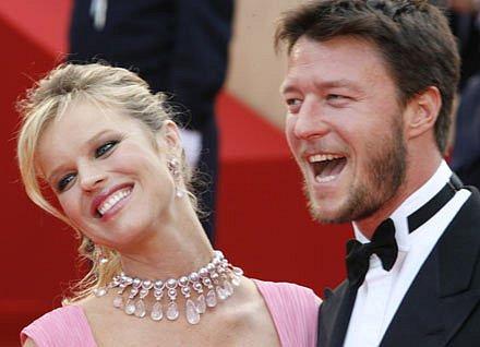 Eva Herzigova se svým partnerem Gregoriem Marsiajem na festivalu v Cannes