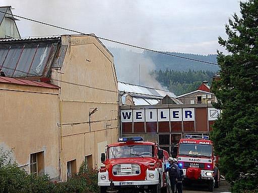 Požár firmy Weiler v Holoubkově