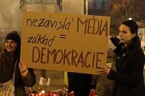 Demonstrace za zachování svobody slova a médií, Zemane - ČT nedáme! Václavské náměstí 14.března