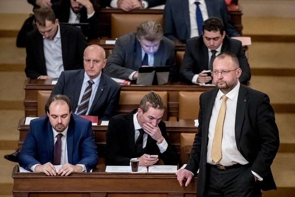 Zasedání sněmovny. Ivan Bartoš, Jan Bartošek