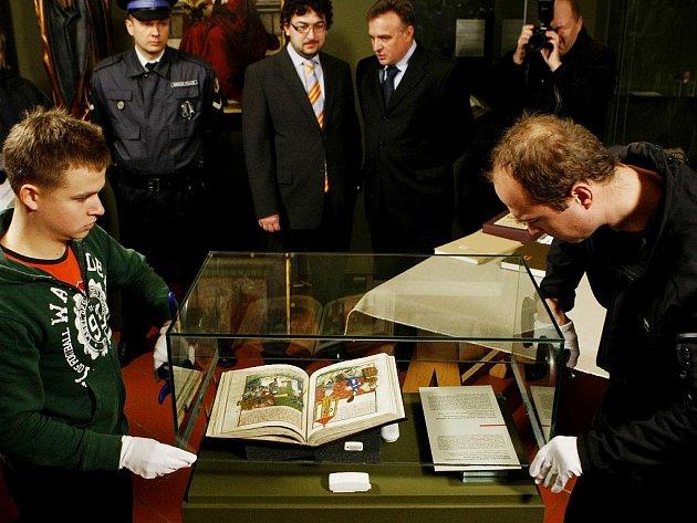 Do expozice výstavy Umění české reformace, která probíhá na Pražském hradě, byl ve středu 17. března na čtrnáct dní přidán originál středověkého Jenského kodexu. Ten je označován za husitskou bibli.