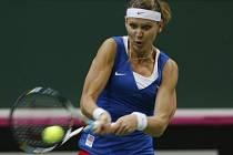 Lucie Šafářová ve finále Fed Cupu proti Srbsku.