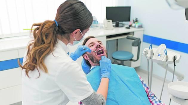 Žďár láká mladé zubaře, vypsal pro ně dotaci a nabízí i půjčku