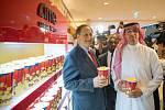 Slavnostní premiéry se zúčastnili vysocí představitelé země. Na snímku Saúdskoarabský ministr kultury a výkonný ředitel společnosti AMC