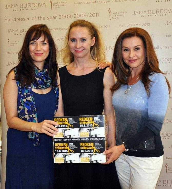 Charitativní akce Střihaton se ve Studiu Jana Burdová opakovaně účastnily herečky Tereza Kostková a Dana Morávková