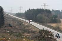 začíná dostavba dálnice D3