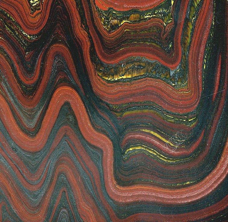 Takzvané tygří železo, v němž se střídají tři vzácné minerály, hematit, jaspis a tygří oko. I ten se nachází v pilbarském geologicky ceněném regiou