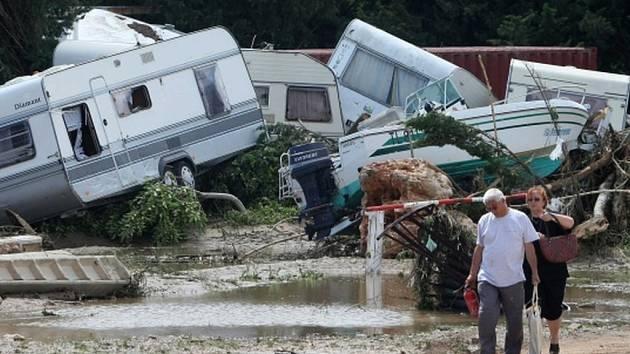Jednu z obětí záchranáři nalezli v kempu poblíž města Antibes, kde byl ubytovaný také házenkářský tým z Brněnska. Ilustrační foto.