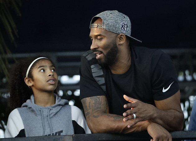 Kobe Bryant sdcerou Giannou