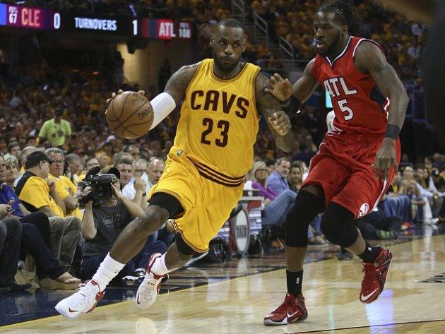 LeBron James pomohl k postupu Clevelandu do finále NBA