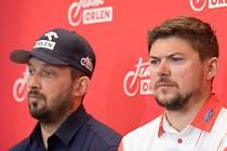 Martin Prokop (vpravo) na tiskové konferenci po Rallye Dakar.