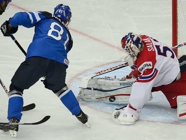 Česko - Finsko: Iiro Pakarinen a Alexander Salák