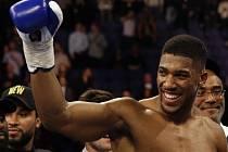 Britský boxer Anthony Joshua.