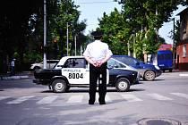 Policista na ulici v Kišiněvě, hlavním městě Moldavska