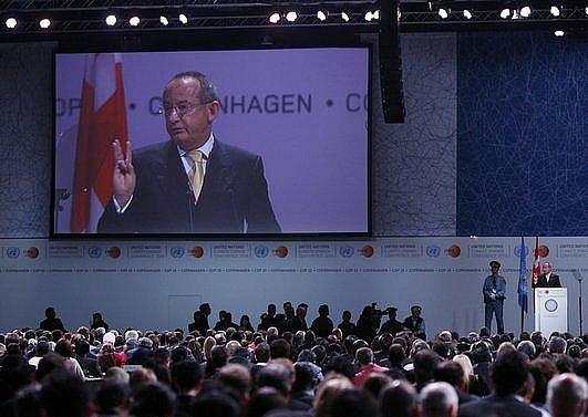 Yvo de Boer z OSN při zahajovacím projevu