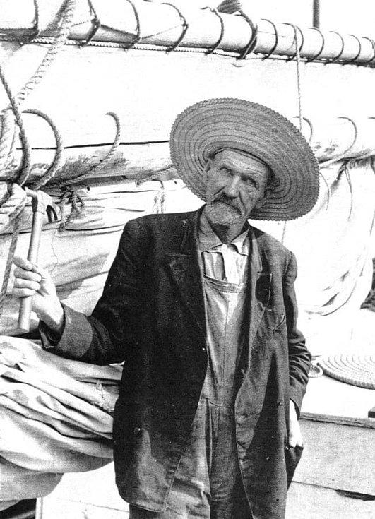 Joshua Slocum na nedatovaném snímku, pravděpodobně krátce před svou poslední plavbou