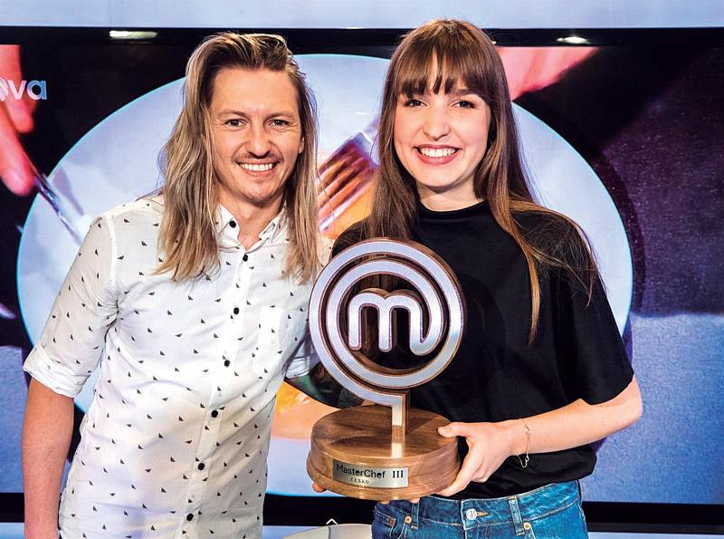 Loňská vítězka show MasterChef Kristína Nemčková (na snímku s Přemkem Forejtem) strávila rok v michellinských restauracích.