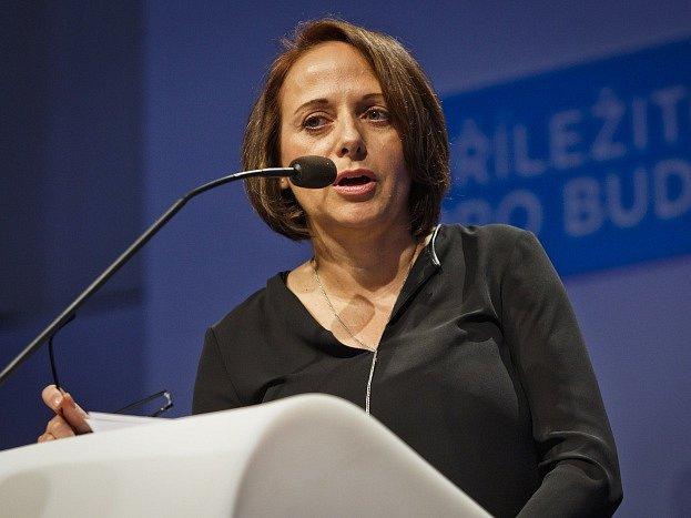 Adriana Krnáčová