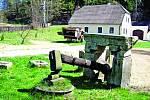 Funkční kovárna na vodní pohon Buškův hamr se nachází nedaleko Trhových Svinů na toku Klenského potoka v podhůří Novohradských hor.