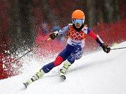 Virtuoska Vanessa Mae v obřím slalomu na olympijských hrách v Soči.