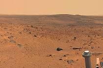 KRAJINA NA MARSU. Takto zachytila Mars kamera průzkumného vozidla Spirit.