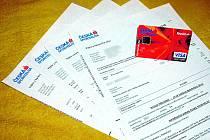 Pravidelná kontrola výpisů umožní odhalit případné zneužití karty.