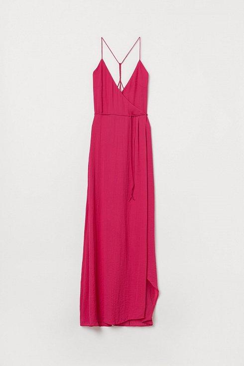 Šaty lehké jako hedvábí se zajímavým řešením zadního dílu. H&M.