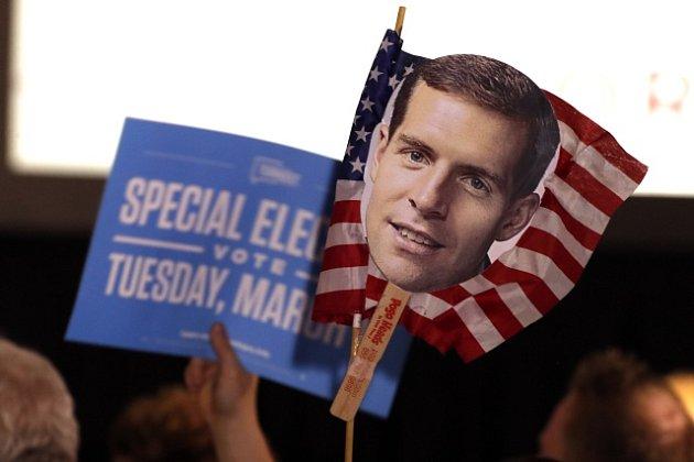 Volby v Pensylvánii. Demokrat Conor Lamb