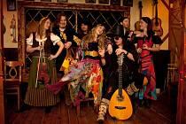Do České republiky se po roce vrací Ritchie Blackmore se svým projektem Blackmore´s Night.