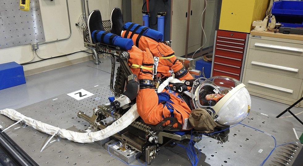 NASA našla jméno pro figurínu, která poletí k Měsíci při testovací misi Artemis I