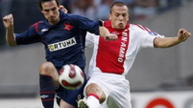 Ajax Amsterdam - Slavia: Heitinga a Kalivoda