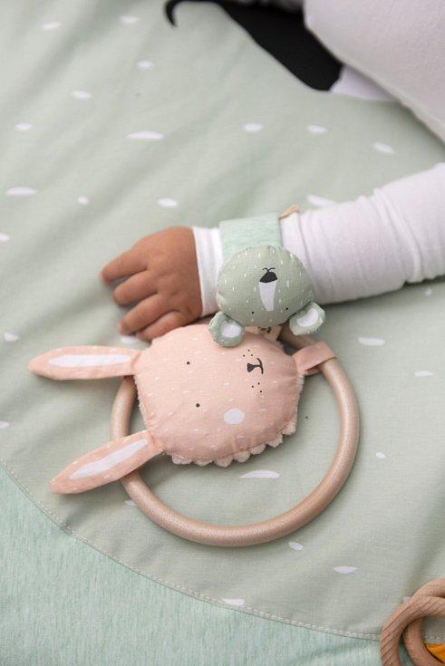 Chrastítka Trixie Baby