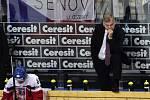 Zklamaný Vladimír Vůjtek (vpravo) po prohraném čtvrtfinále, po kterém potvrdil, že končí trenérskou kariéru.